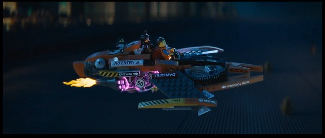 The Lego Movie Wyldstyle S Flying Super Cycle Special Lego Themes Eurobricks Forums