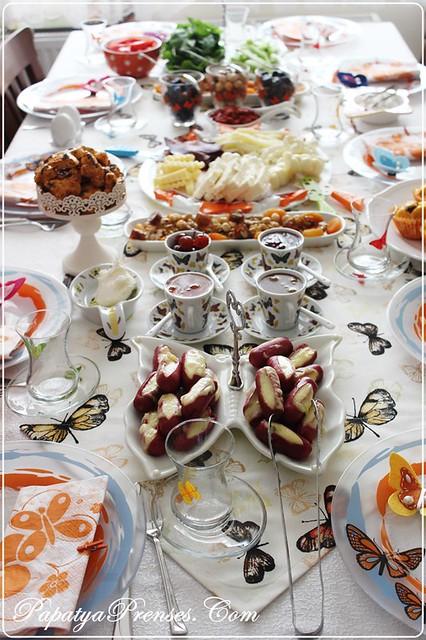 kelebekli kahvaltım 001