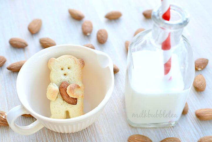 bear biscuits almondx