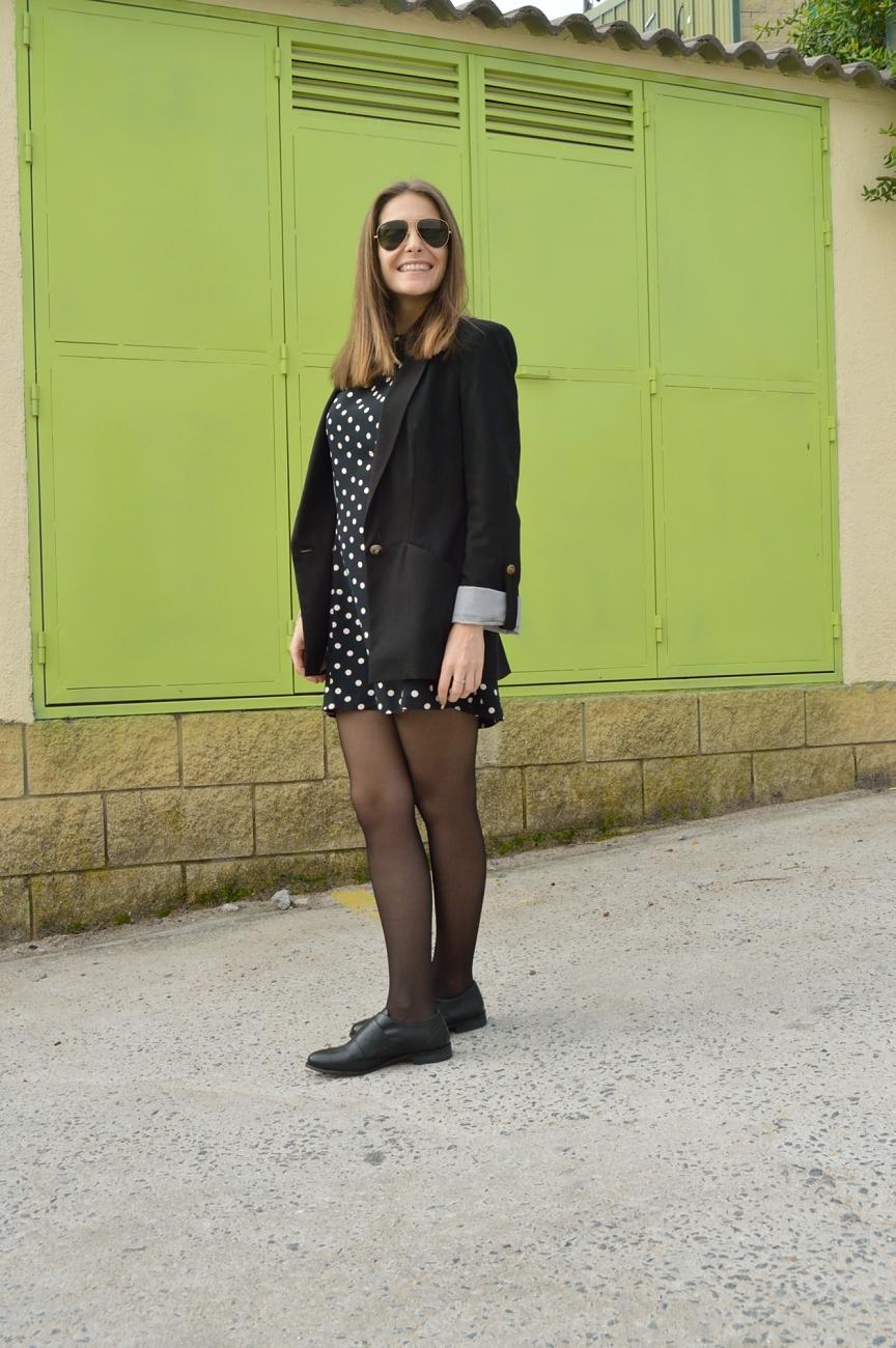 lara-vazquez-mad-lula-style-dots-black-white