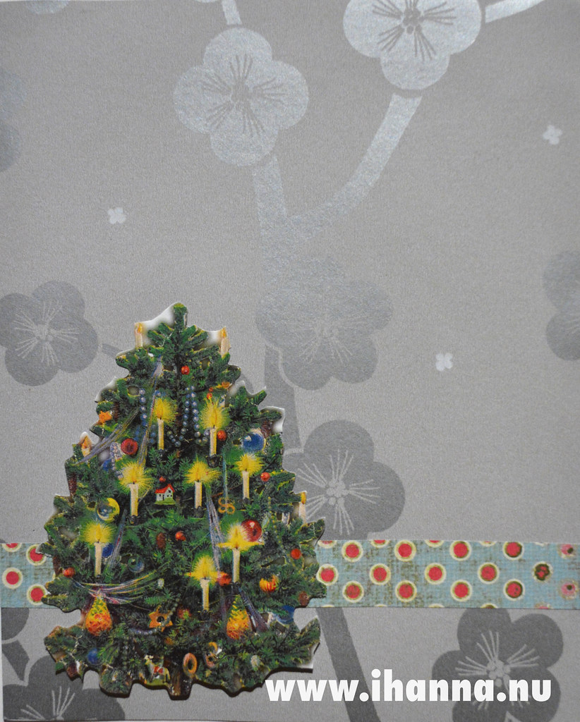 December Journal Page: Christmas Tree on gray wallpaper