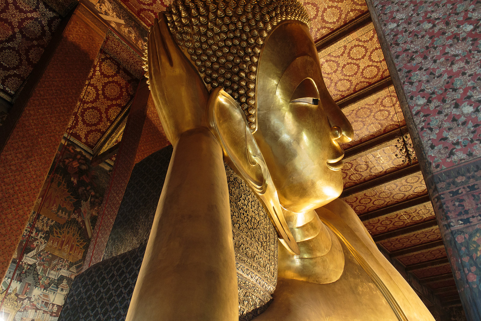 wat-pho temple bangkok
