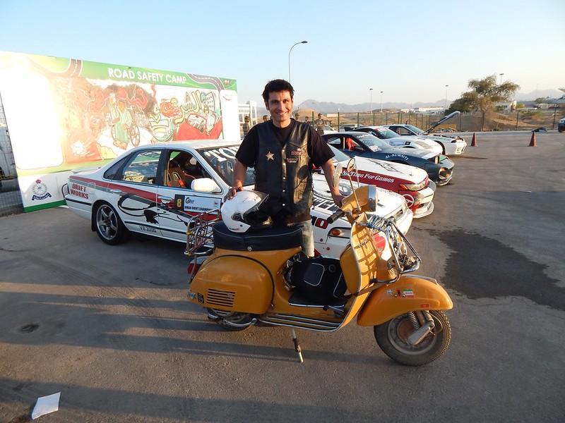 141212 Muscat Bikers (10) (2304 x 1728)