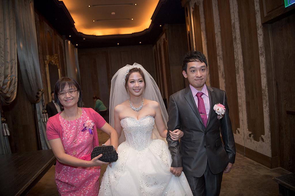 '君品酒店婚攝,婚攝BrianWang,婚禮紀錄,自主婚紗,類婚紗,海外婚紗婚禮,BWS_7123'