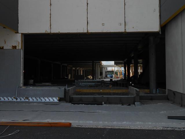 Hämeenlinnan moottoritiekate ja Goodman-kauppakeskus: Työmaatilanne 23.6.2013 - kuva 12