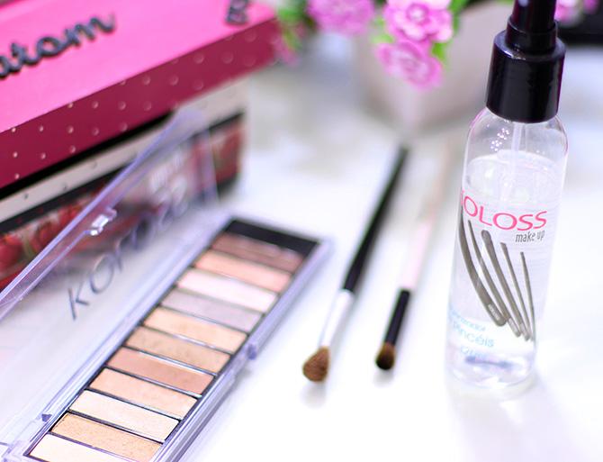 02- limpando pinceis de maquiagem em segundos higienizador de pinceis koloss