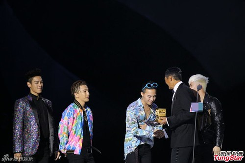 Big Bang - MAMA 2015 - 02dec2015 - TungStar - 01