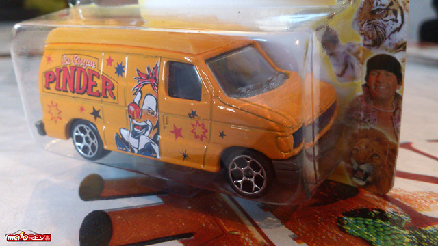 N°270 / 271 FORD ECONOLINE  15180832884_9a71e56fc5_z