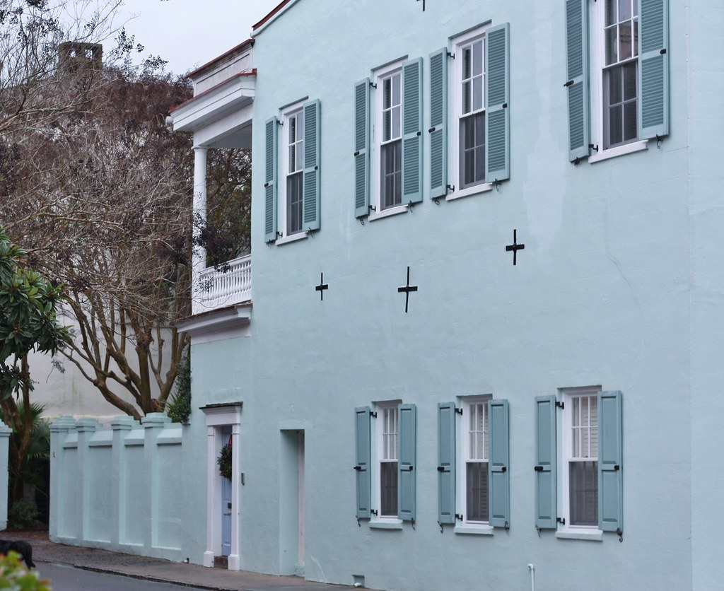 Charleston home with earthquake bolts.