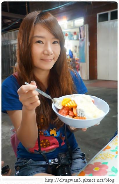 泰國-泰北-清邁-Somphet Market-Tip's Best Fresh Fruit Smoothie-市場-果汁攤-酸奶水果沙拉-燕麥水果優格沙拉-香蕉Ore0-泰式奶茶-早餐-29-767-1