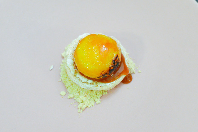 egg yolk and caramel tart