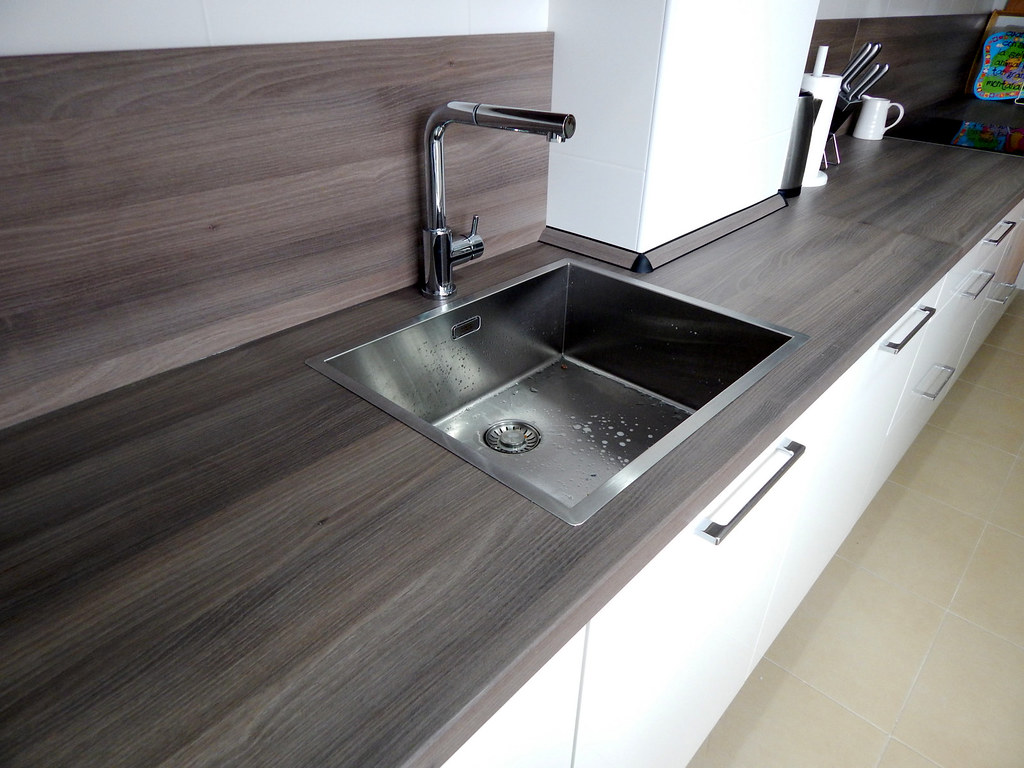 Muebles de cocina modelo lasser en blanco - Grifos de cocina de pared ...