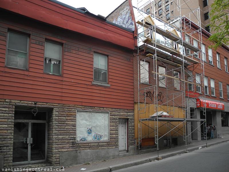 Clark street in Chinatown 8