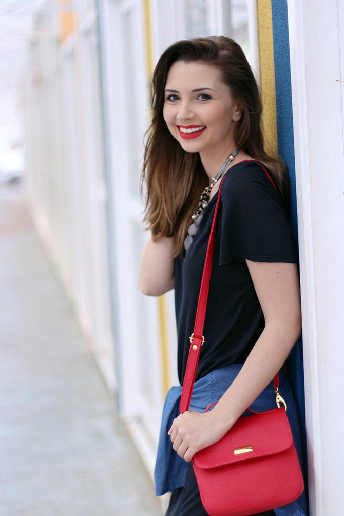 07-vestido-preto-com-camisa-jeans-amarrada-sempre-glamour