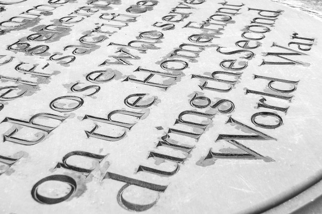 20141016-03_Home Front Memorial - Coventry Old Cathedral (b+w)