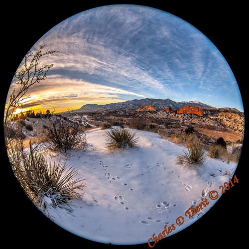 1160 5d 5dclassic 5dmark1 5dmarki 8mm 80 canon colorado coloradosprings ef815mm ef815mmf4lfisheyeusm eos5d explore fisheye iso100 unitedstates usa co explored gardenofthegods gleneyrie image kissingcamels landscape mesaroad mesaroadoverlook photo pikespeak 815mm 180degree sunrise newyearseve pikes peak rockymountains foothills best wonderful perfect fabulous great pic picture photograph