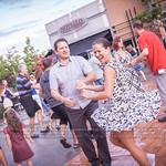 Après quelques goûtes de pluie, le beau temps et la danse! Avec DJ Oliver et Chico Band, 6e édition! 2016-07-15 Festival Ambiance Boucherville