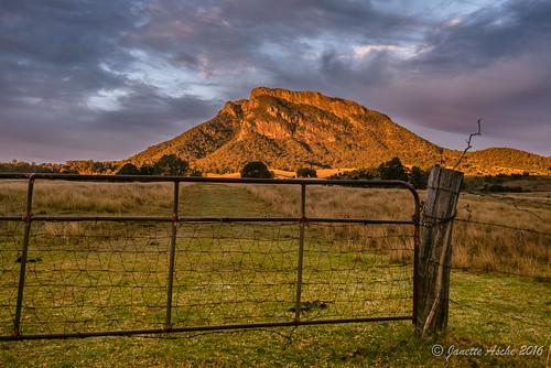 2016 australia mtmaroon qld queensland sonya7r scenicrim seqld winter gate hff fence clouds sunrise rural farmland grass landscape