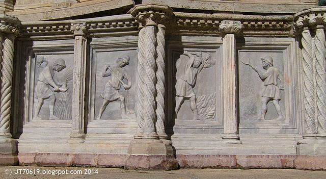 Perugia - Fontana Maggiore5
