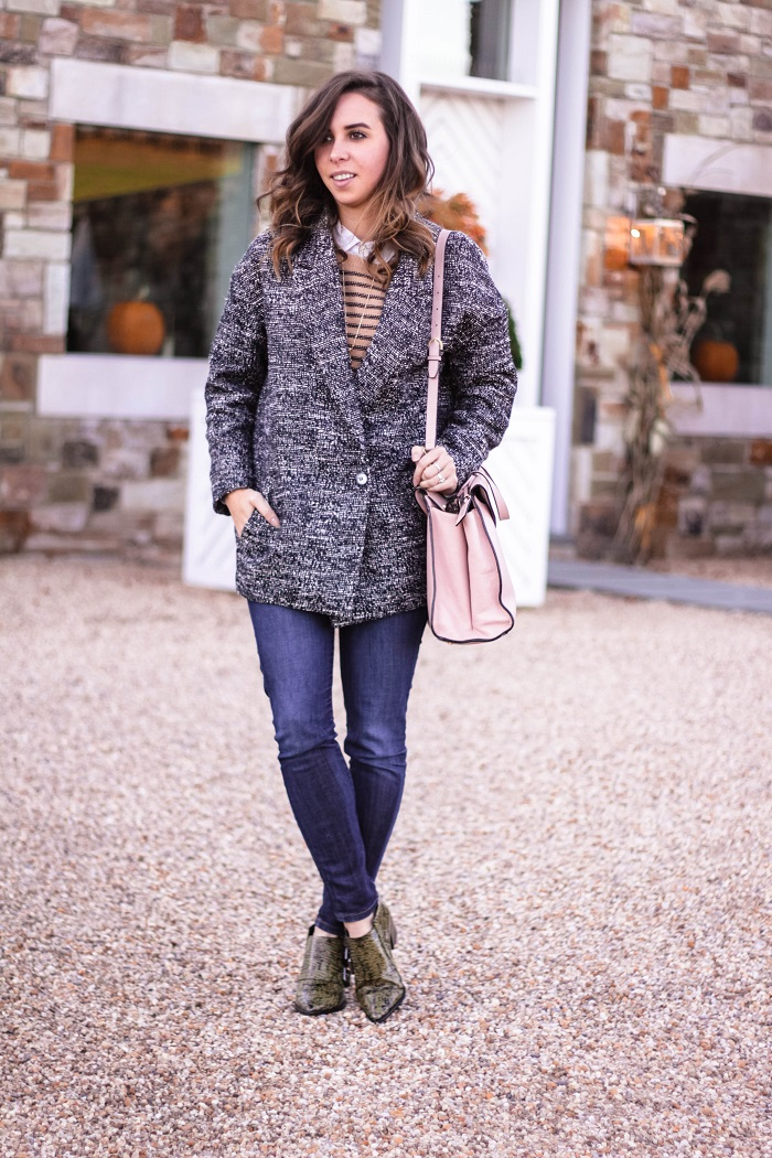 fall outfit. fall layers. virginia winery. fall style. casual. oversized jacket. andrea viza. va wine. 2