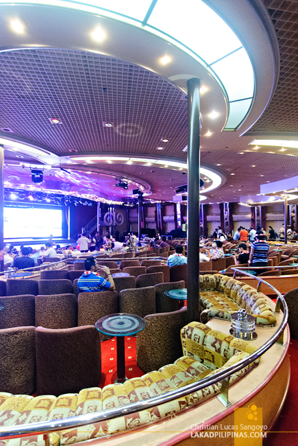 Stardust Lounge at Star Cruises Superstar Aquarius