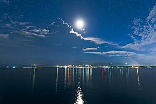 moon night clouds indonesia stars moonlight awan papua malam bintang bulan manokwari nightfoto papuabarat ef2470mmf28liiusm manokwaribarat