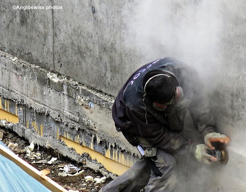 Grinding on Berufsschulhaus building site