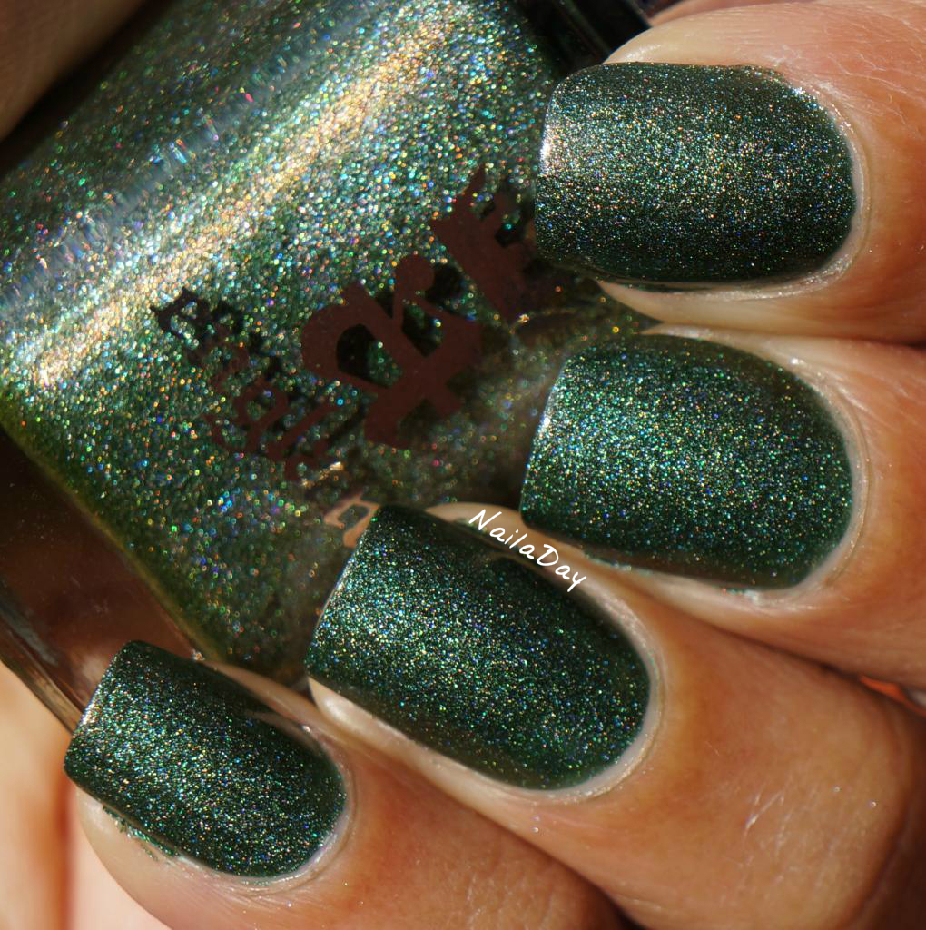 NailaDay - A England swatches - Dragon