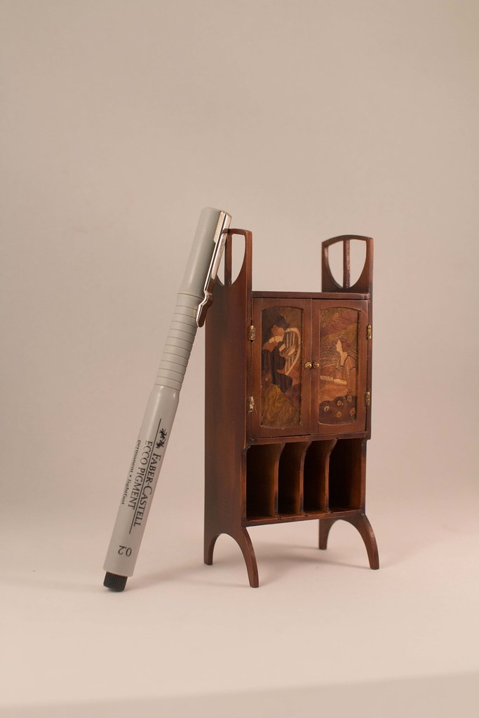 art nouveau music stand