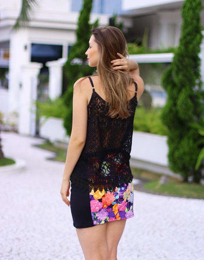 07-look saia estampada e blusa de renda preta sly wear jana taffarel blog sempre glamour