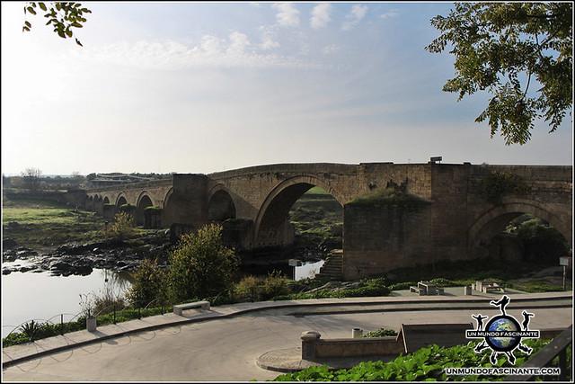 El Puente del Arzobispo