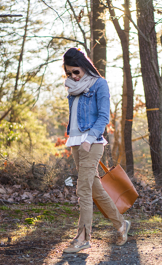 chunky knit scarf, denim jacket, ruffled sweatshirt, cargo pants, cognac brown tote
