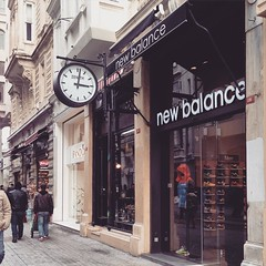 """#Inspirational #quote for the day. """"Life is Short"""". Needless to say more. #ihavenothingtowear #newbalance #shoes #sneakers #shop #sole #istikal #beyoglu #Istanbul"""