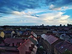 Zagabria, Vista dall alto #zagabria #zagreb #croatia #hrvatska #igerszagreb #igerscroatia #city #downtown #landscape #bluesky #clouds
