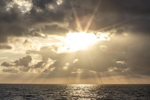 sunset sea sky cloud sun sunlight seascape clouds germany deutschland outdoor sunrays sunflare nordfriesland dagebüll dagebüllhafen dagebøl