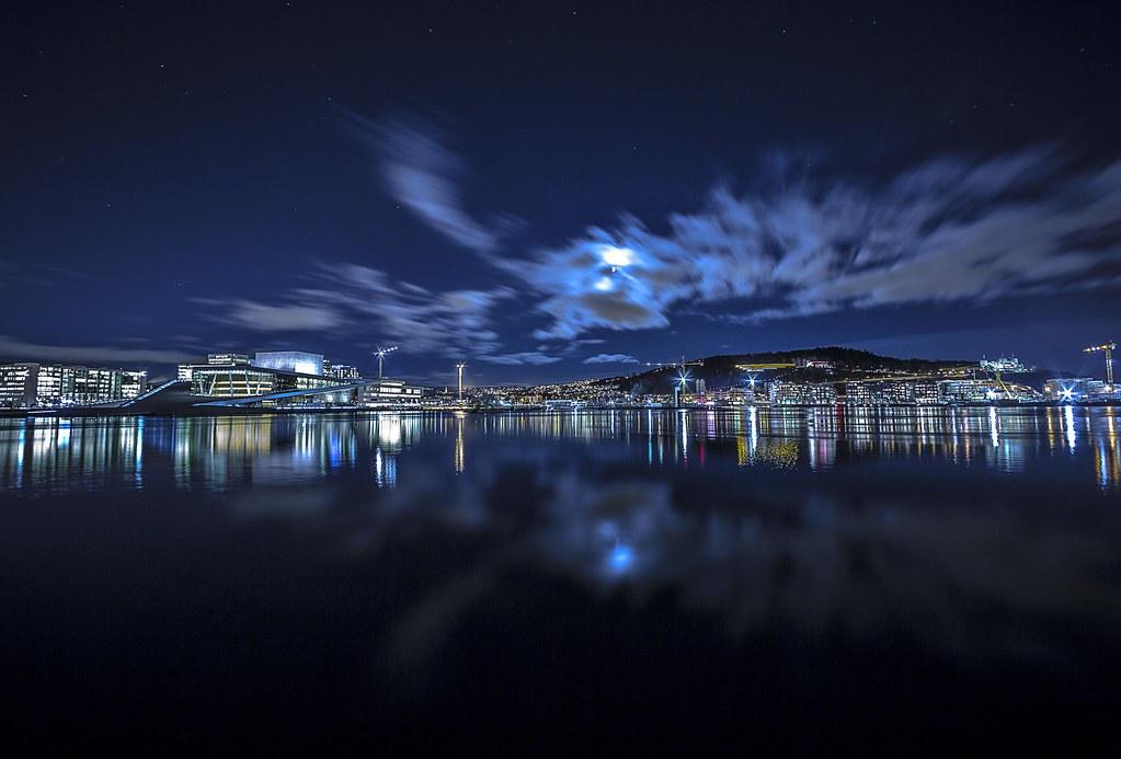 Misty Islands, Oslo