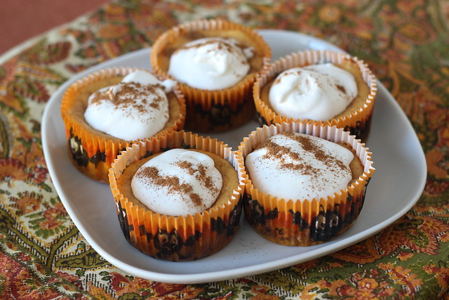 Easy Mini Pumpkin Cheesecakes with Gingersnap Crust - 1