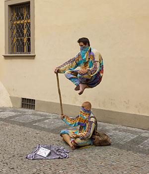 levitar se puede llegar a lograr a través de la metafisica