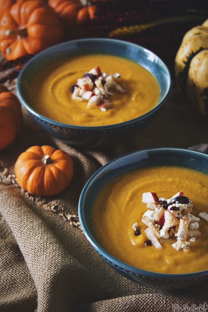 Roasted Butternut Squash Soup with Apple-Cranberry Relish || PasstheSushi.com