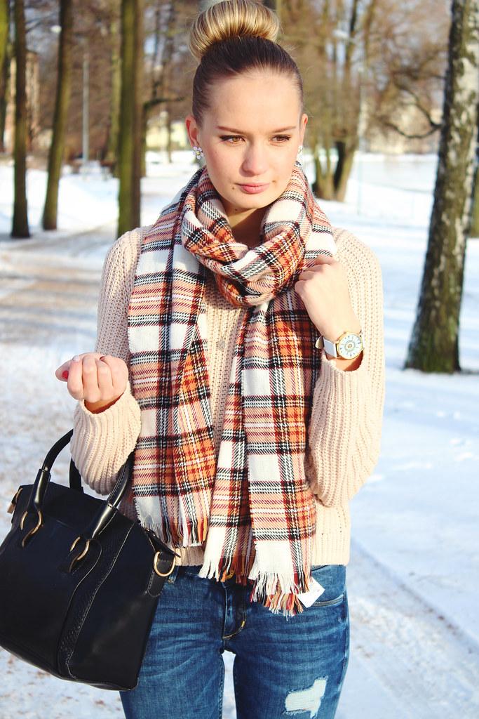 brown-tartan-scarf