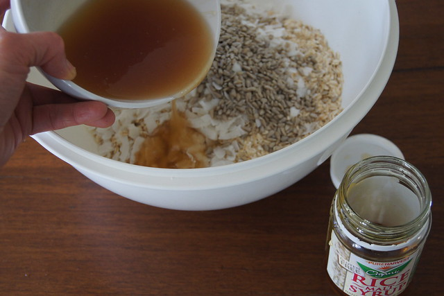 rice malt syrup granola DSC00874