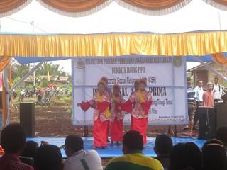 Acara Pemipilan Jagung di Riau