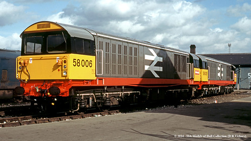 train diesel railway works britishrail doncaster southyorkshire brel class58 58006 58005