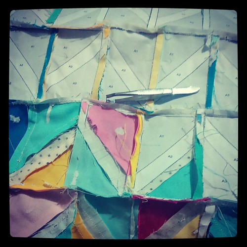I've just remembered why I hate paper piecing. #igminiswap #teamrosanne #fpp #paperpiecing