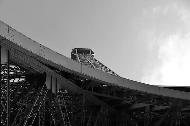 металлические конструкции знаменитой башни