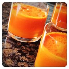 orange(0.0), produce(0.0), food(0.0), spritz(0.0), mai tai(0.0), orange(1.0), distilled beverage(1.0), punch(1.0), drink(1.0), cocktail(1.0), juice(1.0), alcoholic beverage(1.0),