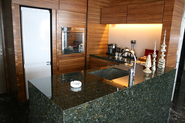 Bar and kitchen area in the Presidential Suite