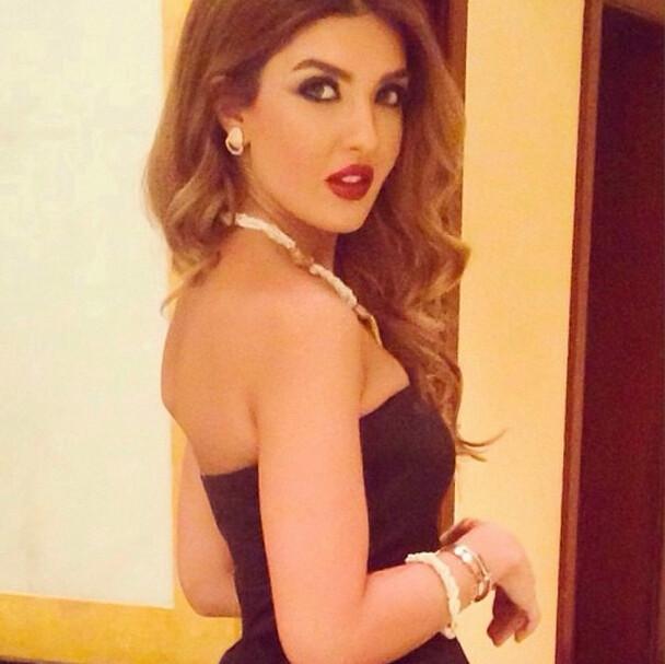 girls from kuwait Hot
