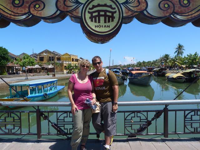 Rebeca y Sele en Hoi An (Vietnam)
