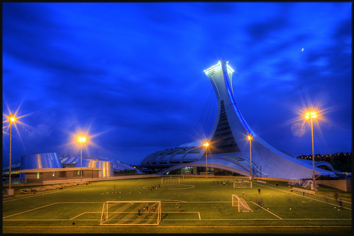 voyage travel blue light sunset terrain cloud canada sport architecture soleil football quebec stadium montreal soccer coucher hour lumiere olympic nuage hdr stade heure olympique bleue
